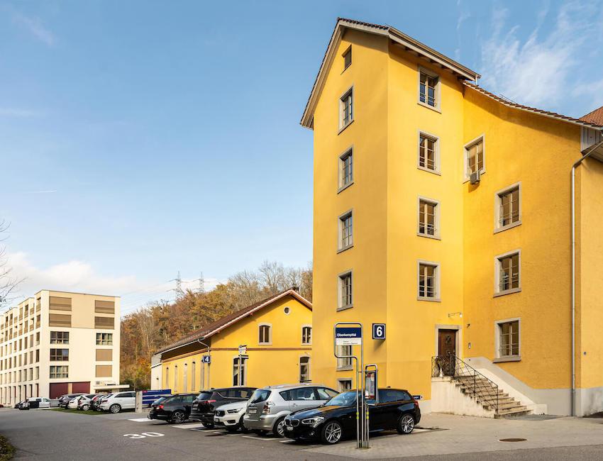 Anfahrt zur Ins Zentrum GmbH - Haupteingang, Ruftaxi uns Besucherparkplatz